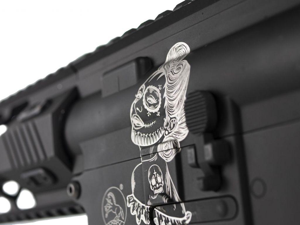 Colt M4 AEG Full Métal Edition limitée Santa Muerte