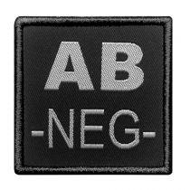 INSIGNE DE GROUPE SANGUIN NOIR BRODERIE GRISE AB-NEG-